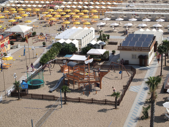 Beach for disabled people Riccione: Spend relaxing holidays at Le ...