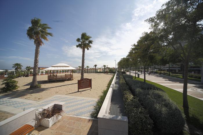 Spiaggia riccione scopri lo stabilimento balneare riccione le palme il migliore tra le spiagge - Web cam riccione bagno 81 ...